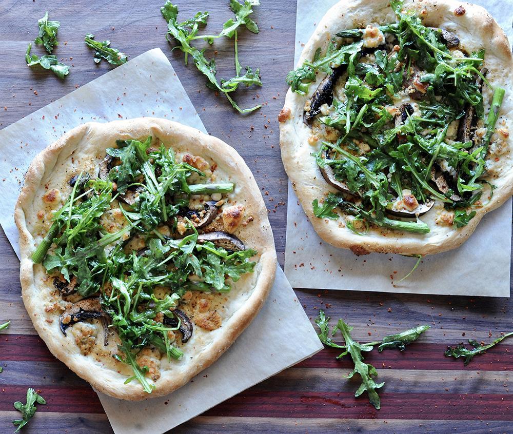 Vegetarian Mushroom Steakhouse Pizza recipe